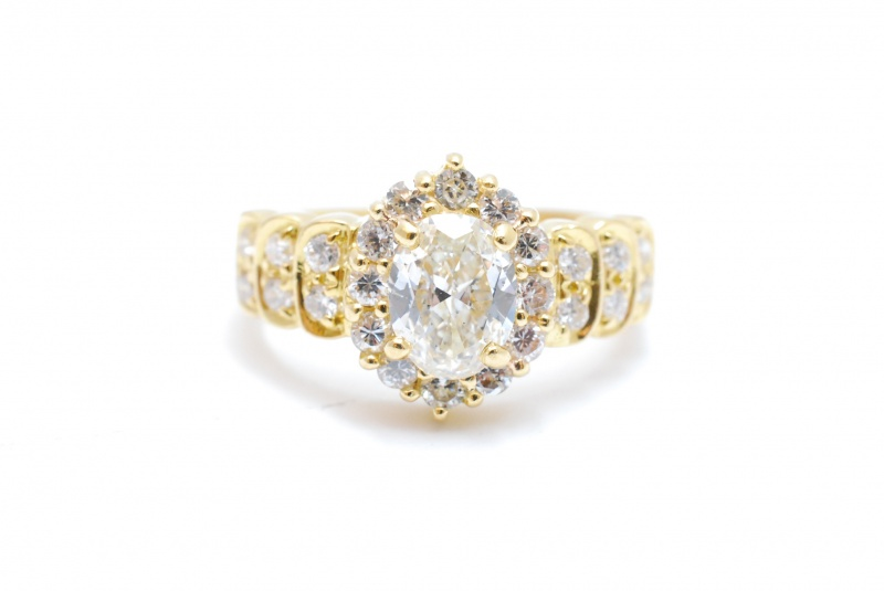 宝石には値打ちがあります!ダイヤモンド高価買取!!ぜひ他店様の価格と比べてください。樟葉駅前で高価買取リサイクル『質はしもと(有)橋本質店』